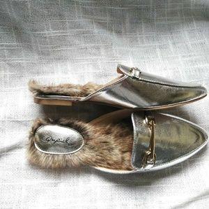Shoes - SALE Trending Faux Fur Flat Mule loafers